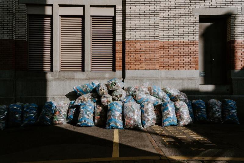 Un informe de INTERPOL alerta de las consecuencias globales del veto chino a los residuos plásticos