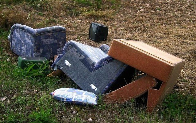 Cádiz: Denuncian de nuevo la presencia de residuos en el Parque Empresarial Las Marismas