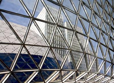 Aluminio extruido, un material clave en las construcciones saludables y energéticamente eficientes