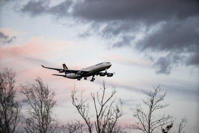 Bruselas propone reorganizar el espacio aéreo de la UE para reducir emisiones