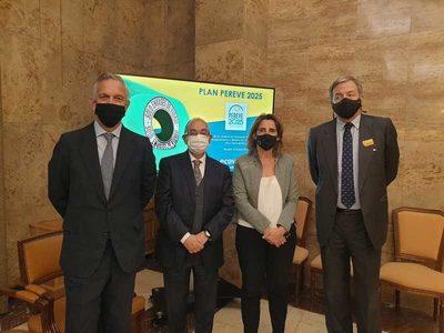 Los agentes del reciclaje de vidrio en España presentan al MITECO compromisos de recogida y reciclaje para 2025