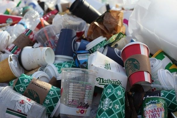 La industria del plástico es responsable de alrededor de un tercio de las emisiones a la atmósfera
