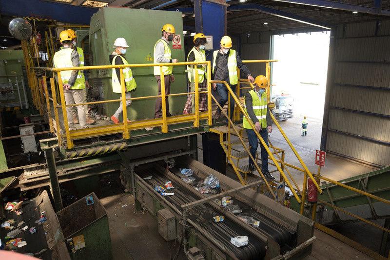 Castilla La Mancha: Visita de trabajo a las líneas de optimización de residuos de Comsermancha