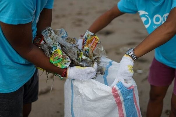 La contaminación por plástico afecta de forma intensa y desmedida a los más vulnerables