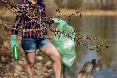 """""""La cara invisible del Planeta"""": recogida de basura contra los envases de un solo uso"""