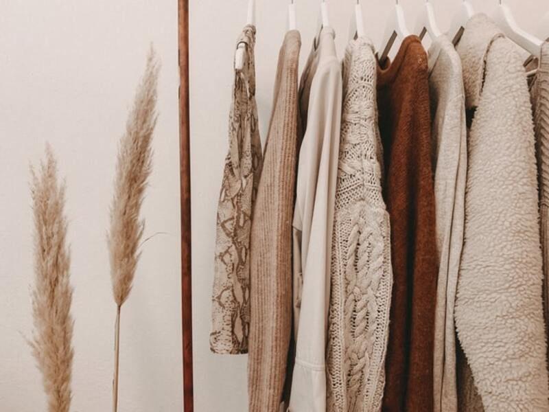 3 materiales sostenibles que nunca imaginarías para las prendas de tu armario
