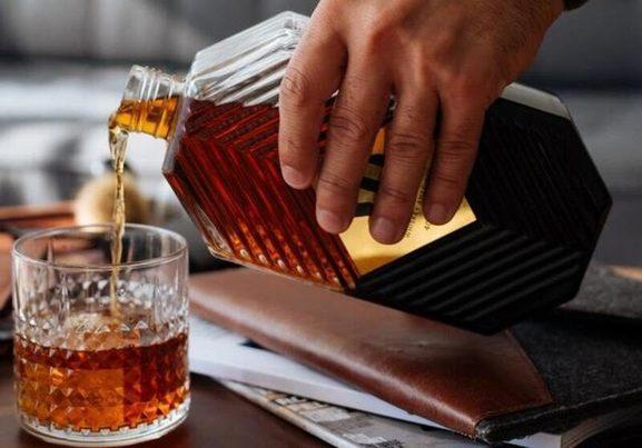 Las dos vidas del whisky en Escocia: una destilería aprovecha residuos como biocombustible