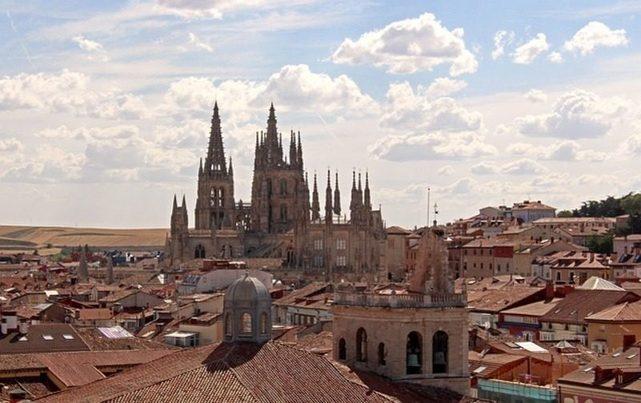 Castilla y León: Hasta el 21 de septiembre Burgos exhibe una exposición de esculturas con materiales reciclados