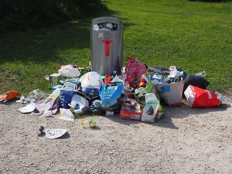 Baleares: El 80% de los residuos recogidos en Menorca este verano llegan sin separar