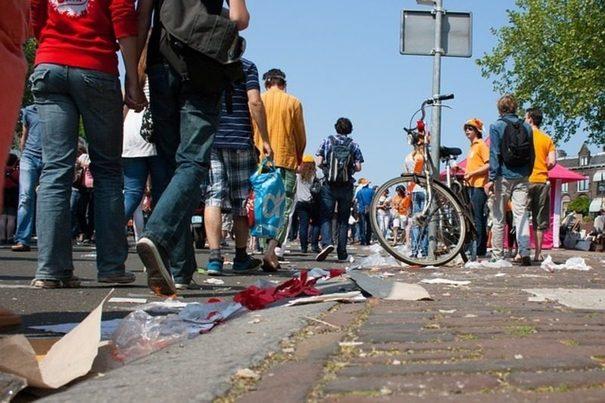 Francia: La jornada laboral precipita la huelga de recogida de basuras en Marsella