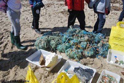 Galicia: CleanAtlantic: proyecto para concienciar jugando sobre el problema de las basuras marinas