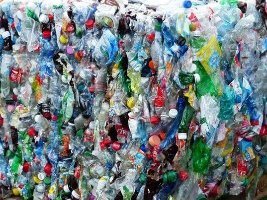 ExxonMobil construirá una planta de reciclaje de residuos plásticos a gran escala en EE.UU.