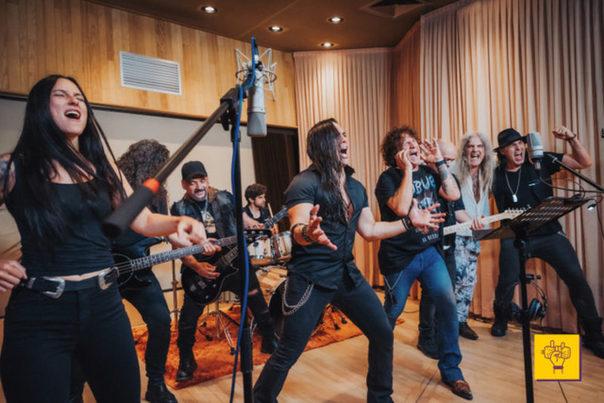 Cada Lata Cuenta y estrellas del rock español presentan un himno por el reciclaje